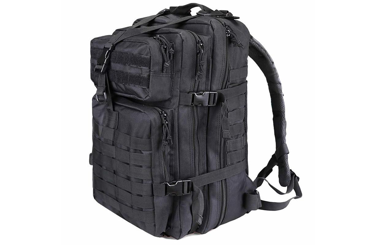 https://flinty.s3.eu-central-1.amazonaws.com/uploads/product/image/208/mole_backpack_toto.jpg