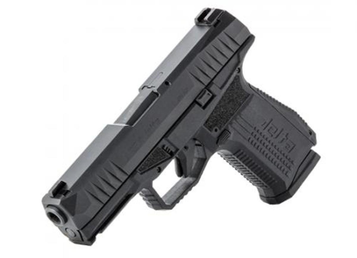 """Polymérová pištoľ štýlu """"striker fired"""" zo záverom z kvalitnej chróm molitbénovej oceli. Veľkosť je približne ako Glock 19, ale je užšia a ľahšia. Hlavne si treba všimnúť posadenie osi hlavne k ruke, ktoré je tak blízko, že absolútne minimalizuje zdvih hlavne pri streľbe. Oproti G19 má aj množstvo vylepšení - obojstranné vypúšťania záveru aj zásobníka, 4 výmenné chrbty rukoväte, poistku na spúšti a výstrahu natiahnutého úderníka. Spúšť je príjemná, porovnateľná s drahšími modelmi Smith&Wesson. Balenie obsahuje okrem kufríka aj 4 výmenné chrbty rukoväte, 18 a 20 ranový zásobník a čistenie."""