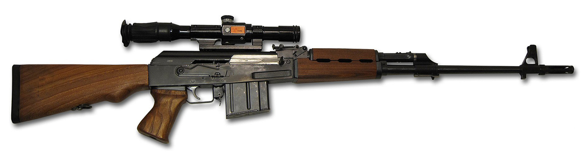 Známa ostreľovacia puška v ráži 8x57IS (Mauser), s novou ZRAK optikou vyrobená pre srbskú armádu sa vyznačuje mimoriadnou kvalitou a vďaka odvodeniu od AK dizajnu aj jednoduchosťou a spoľahlivosťou. Určenie mala ako SVD Dragunov - ostreľovacia puška, ale konštrukčne je bližšie k rumunskej PSL alebo AK. Hrubá hlaveň je dlhá 550mm. Súčasťou balenia je optika ZRAK ON-M76 4× 5°10′. Fotka je ilustračná, konečný produkt sa môže v detailoch líšiť.
