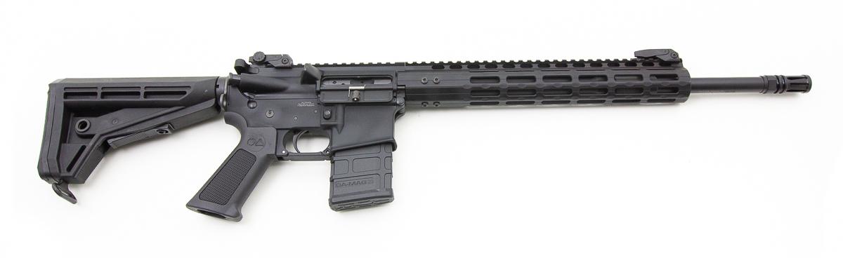 """Firma Oberland Arms má v Nemecku viac ako 20 ročnú tradíciu práce so zbraňami a počas týchto rokov patentovali množstvo vylepšení na AR-15. Na súťažiach v US a Nemecku sa pravideľne umiestňujú na popredných miestach. Základom zbrane je spevnená hlaveň Lothar Walther s 18mm alebo 23mm priemerom, nemecky presné spracovanie upperu a loweru s extra zosilnenými spojmi, obojstranná poistka, a mnoho ďalších zlepšení. Oberland Arms ponúka 3 možnosti predpažbí - klasické M polymérové (na obrázku), Drop in s mieridlami a Freefloat plávajúce. Hlavne sú v ponuke od 8"""" - 24"""". Spolu ponúka Oberland Arms skoro 40 možných kombinácií základného prevedenia zbrane, preto si objednajte stretnutie, aby sme Vám mohli všetky možnosti ukázať a vysvetliť."""
